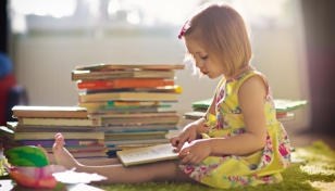 Ayudas municipales para libros en Móstoles